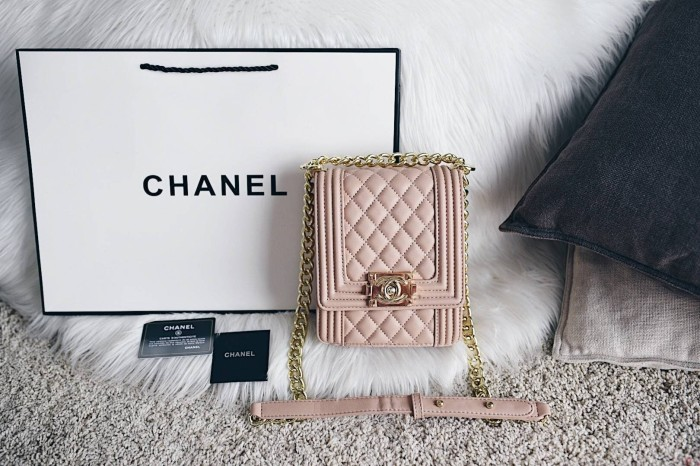 Jual Chanel Boy North-South Flap Bag (Cruise 2019 Edition) - Lexy ... 05c251ce0be16