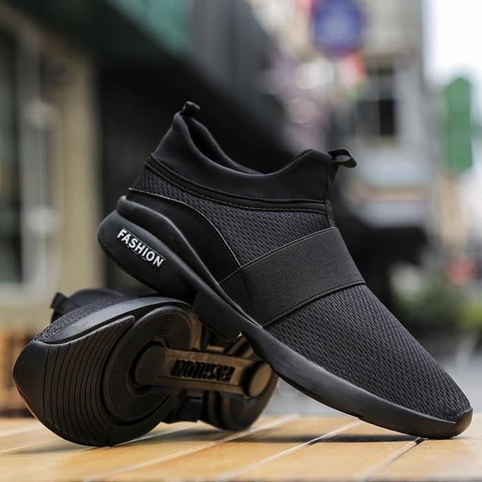 f78179e70d3 Jual Spring/Autumn New models men shoes 2018 fashion comfortable ...