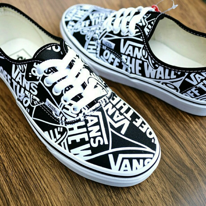54ee0c84c4 Jual Vans Authentic Off The Wall Repeat Black True White - Kota ...