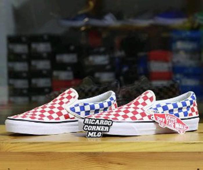Jual Vans Slip Checkerboard Red Blue Original - vika204  c3a3aa0f08