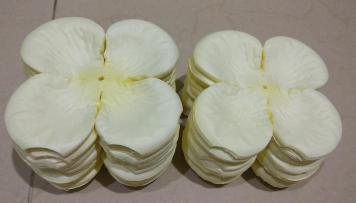Jual Kelopak Bunga Mawar Krem Jakarta Utara Flowershop412