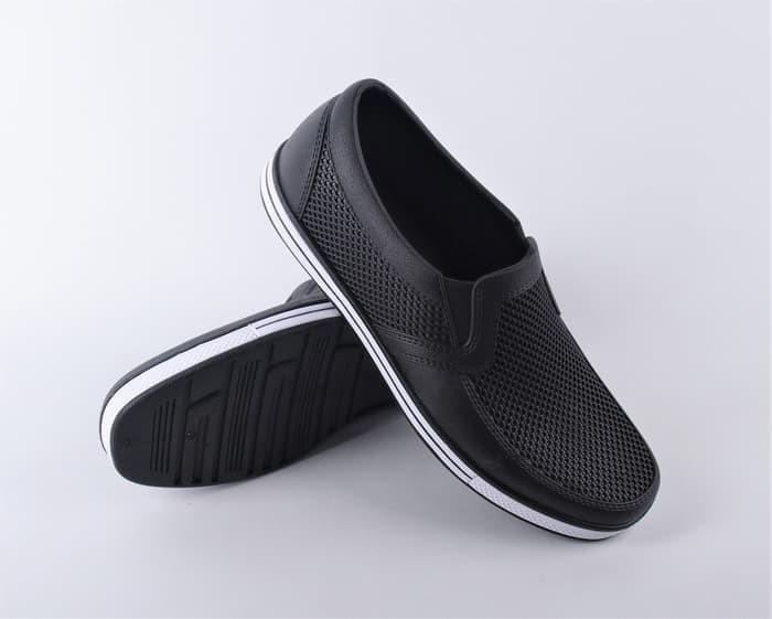 Foto Produk SANKYO 1146 Sepatu Karet Kasual Tahan Air Sepatu Kasual Hitam Putih dari wonzila