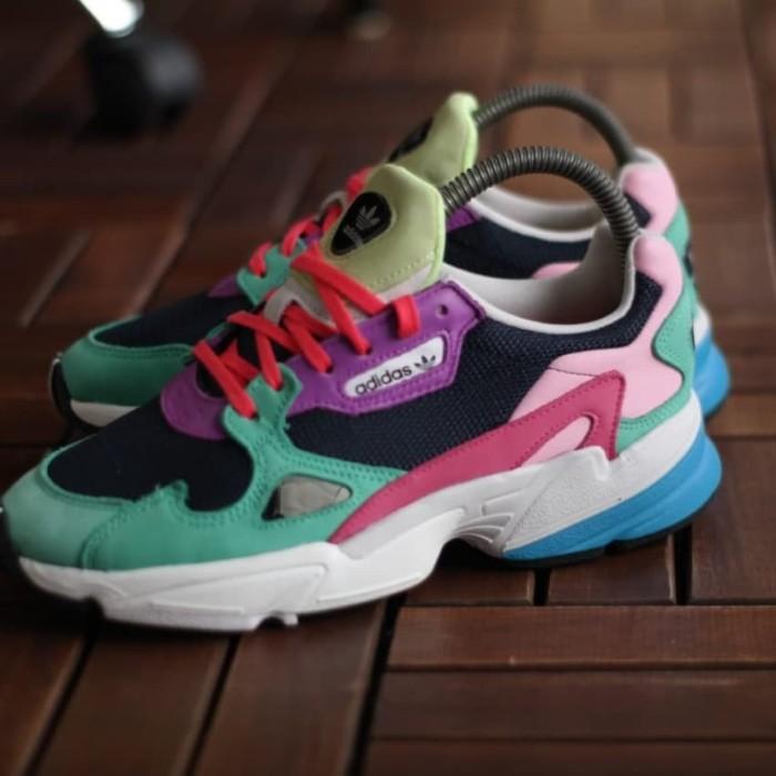 pretty nice genuine shoes new york Jual Sepatu Adidas falcon multicolor - Kab. Tangerang - ardku | Tokopedia