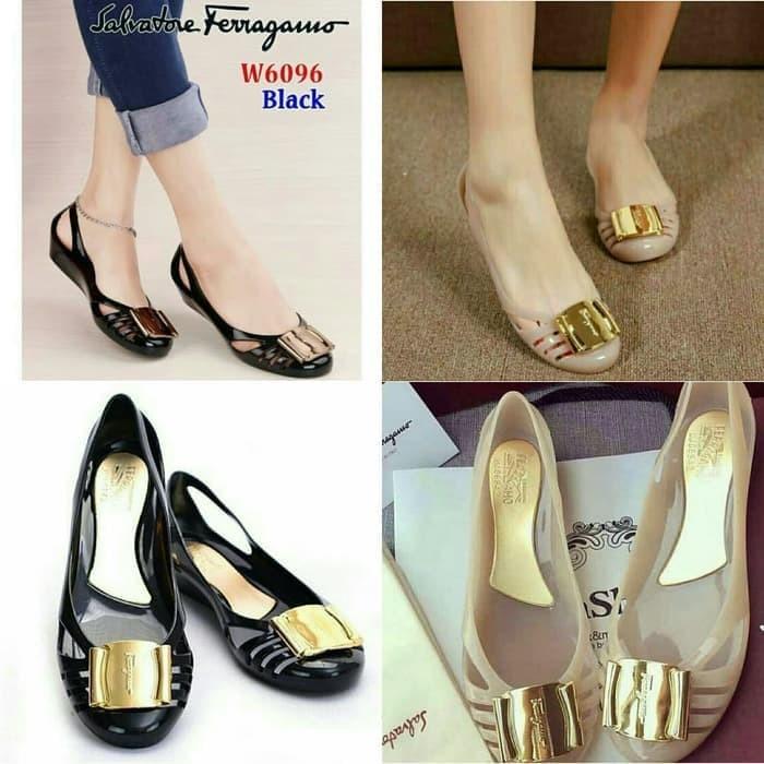 Foto Produk Sepatu Jelly Shoes Premium Gold Plate - Sepatu kantor kerja karet flat - Hitam, 39 dari Gracia OS