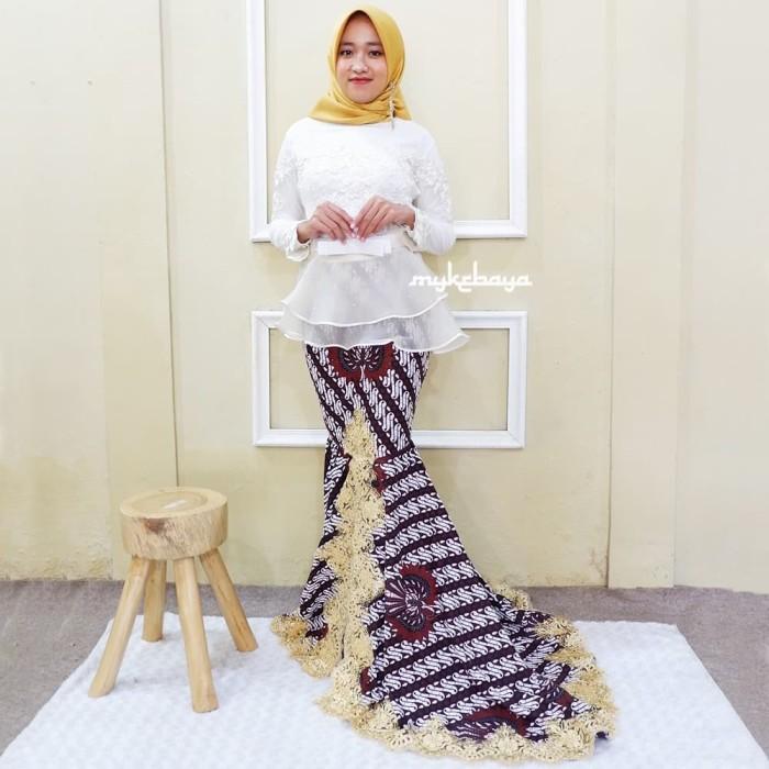 Jual Kebaya Wisuda Modern Kebaya Wisuda Hijab Mewah Putih Putih Kebaya Atasan Kota Surakarta Solokebaya Net Tokopedia
