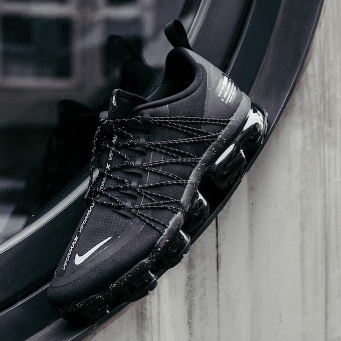 4f65552bb5a43 Jual Nike Air VaporMax Run Utility