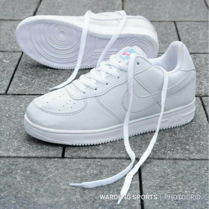 Buy \u003e sepatu nike air force women - 57