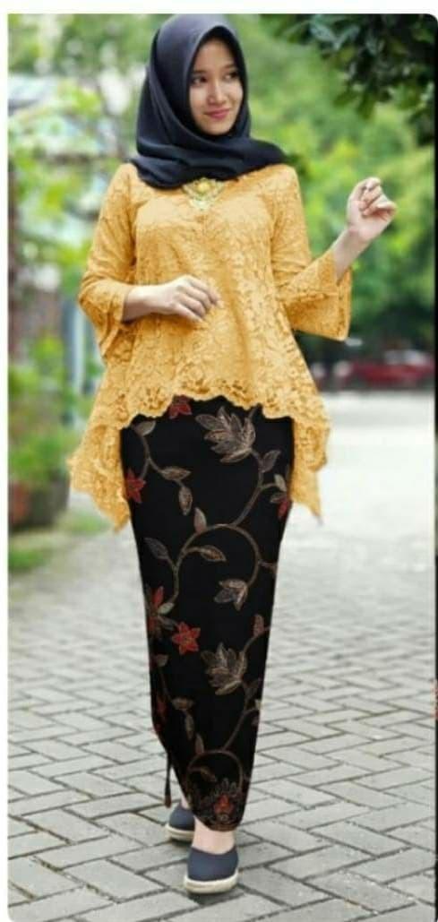 Jual Kebaya Brokat Bianca Kebaya Brokat Kebaya Modern Warna Gold Dki Jakarta Octakebaya Tokopedia