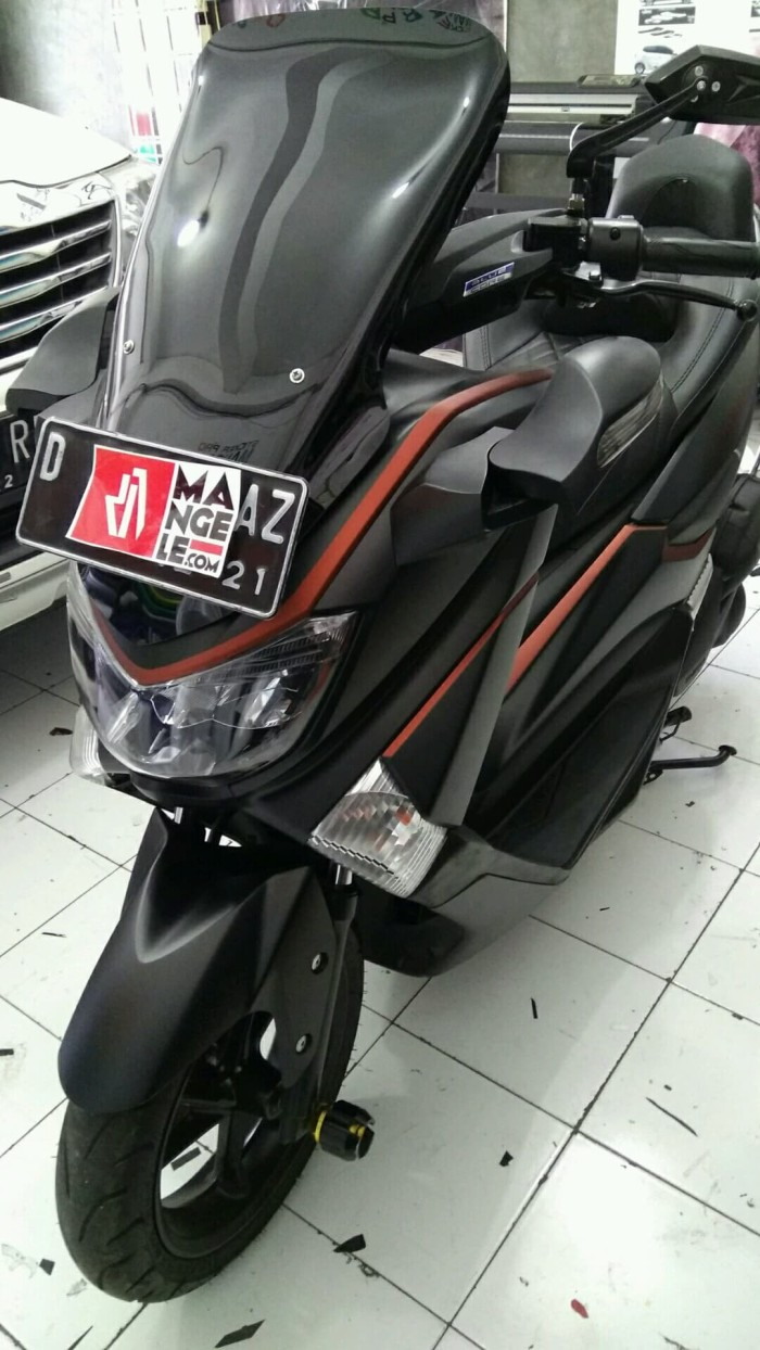 Nmax hitam metalik keeren mangele sticker pro stiker mobil motor top
