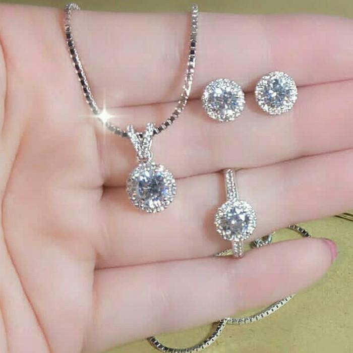 25+ Trend Terbaru Satu Set Perhiasan Emas Putih Simple ...