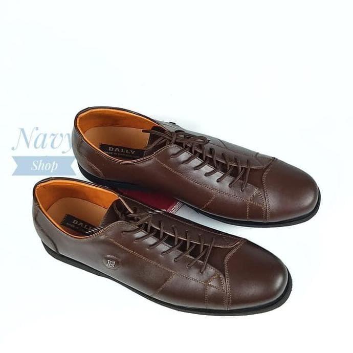 Jual Sepatu Pria Casual Sneakers Low