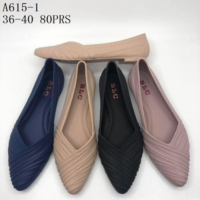harga Sepatu casual wanita flat shoes salur jelly shoes blc balance a-615 Tokopedia.com