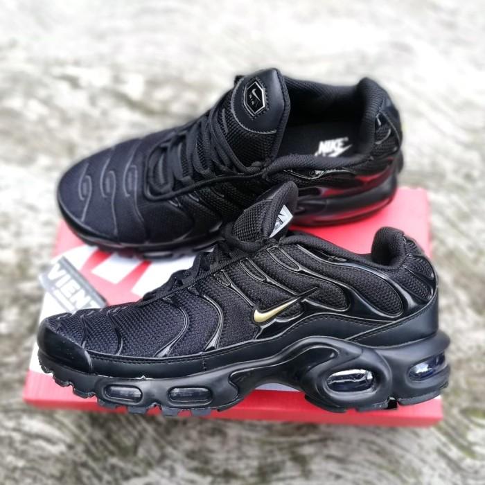 official photos d72a1 8bf8d Jual Nike Airmax Plus TN -Black Metalic Gold. MIRRORED BNIB - DKI Jakarta -  Vienz_Sneakers | Tokopedia