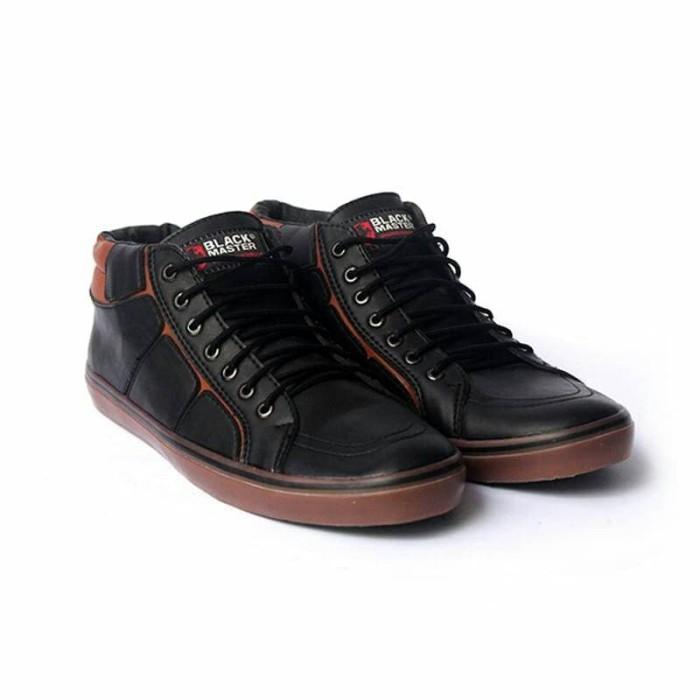 Jual Terbaru Sepatu Sneakers Pria BM Geox - Hitam 28d3bc5b4b