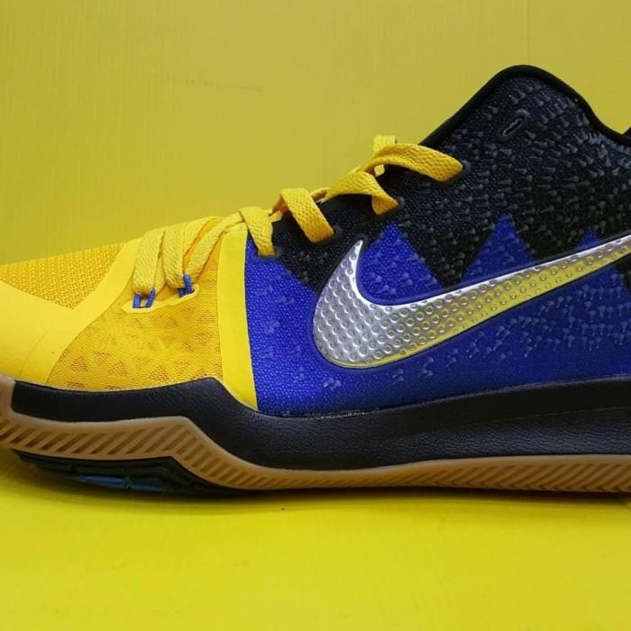 wholesale dealer c20b5 c896c Jual Sepatu Basket Nike Kyrie 3 Black Blue Yellow - Jakarta Selatan -  ridoshop9 | Tokopedia