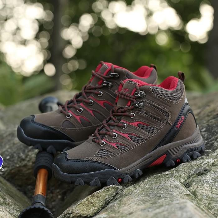 Sepatu Gunung Wanita - Sepatu Hiking - SNTA Outdoor 605 - Biru + Tali a4bcbec49f