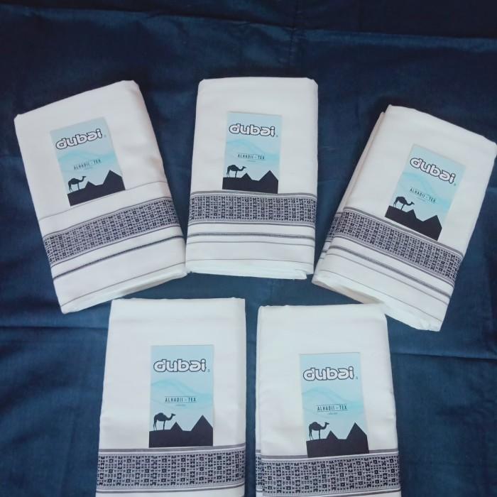 Foto Produk sarung putih polos dari sarung tenun murah