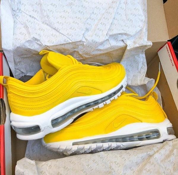 online store 30fdb 9d77c SEPATU Nike Air Max 97 Lemonade Yellow