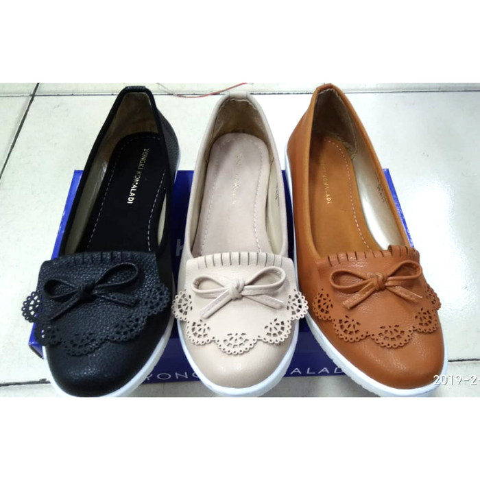 Jual Sepatu Flatshoes Pita Laser Simple Wanita Yongki Komaladi 37 38 39 Jakarta Barat Andapedia Tokopedia