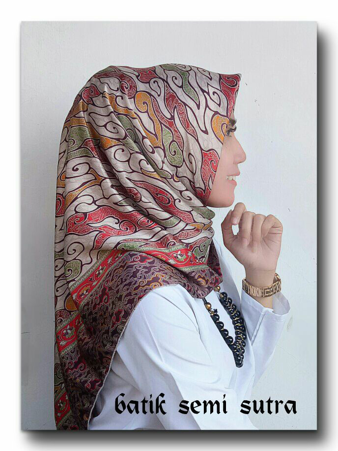 Jual Hijab Segi Empat Motif Batik Mega Mendung Semi Sutera Halus Elegan Jakarta Pusat Fashion Kebaya Jakarta Tokopedia
