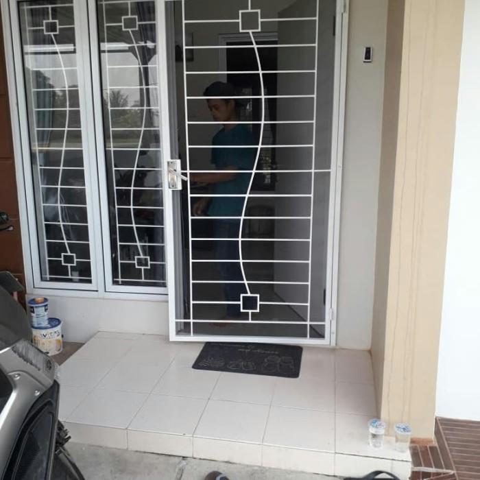 pintu kasa nyamuk+tralis jendela