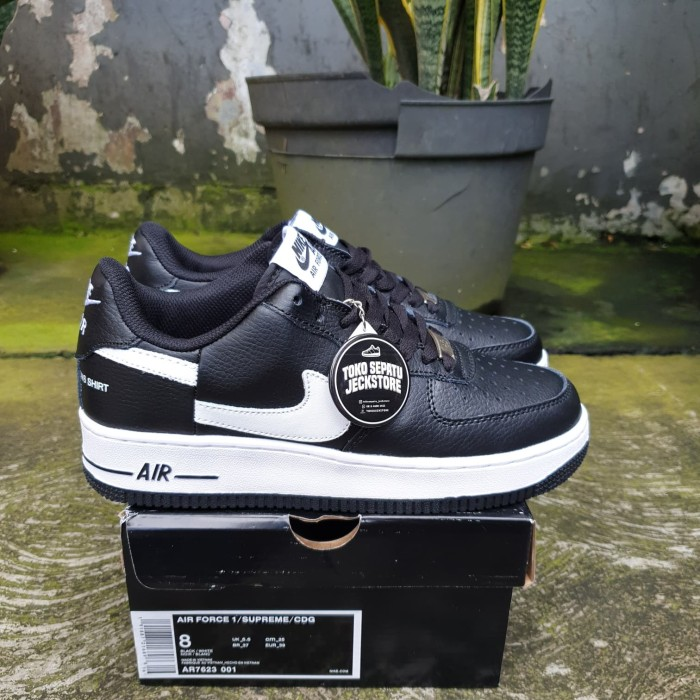 new product 18ecd 4ad08 Jual SEPATU SUPREME x COMME DES GARCONS x NIKE AIR FORCE 1 LOW BLACK BNIB -  , - DKI Jakarta - Tokojeckstore | Tokopedia