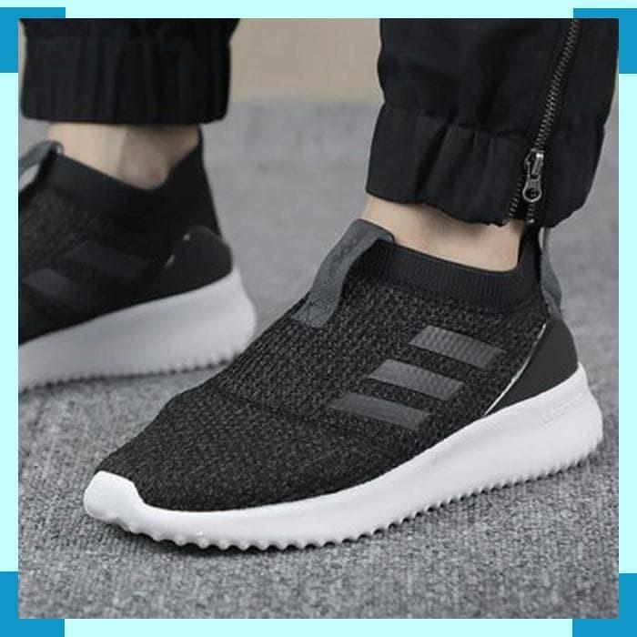 Jual Adidas Sepatu lari Adidas wanita Ultimafusion slip on - B96470 ... 628775a969