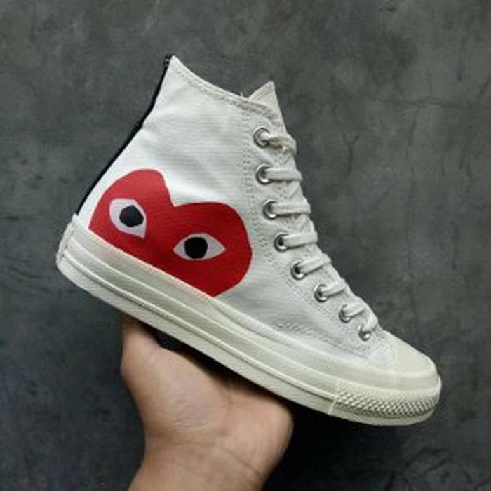 cdfa6cde33f5 Jual Sepatu Converse All Star CT Chuck Taylor 70s High x CDG Play ...