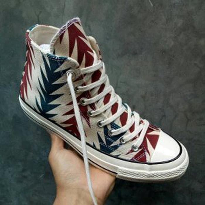 1db777e7ffdf Jual Sepatu Converse All Star CT Chuck Taylor 70s High Archive Print ...