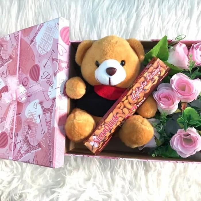 Foto Bunga Dan Coklat Dari Pacar Gambar Bunga Keren