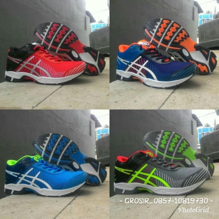 Harga Terbaru Sepatu Professional profesional Voli Badminton Tenis ... 03391ea3e9