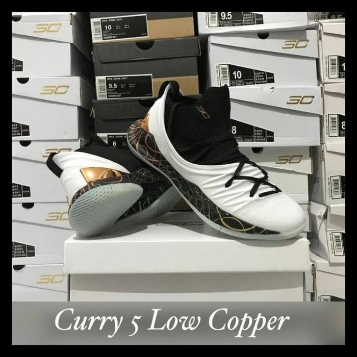 fb102349cde7 Jual NEW SEPATU BASKET UNDER ARMOUR CURRY 5 LOW COPPER WHITE BLACK ...
