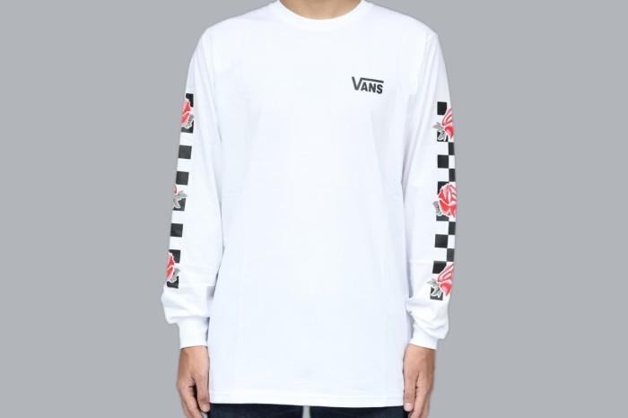 a7955d114b6c Kaos Long Sleeve Vans Patchwork Floral Rose White T-shirt - Putih, L