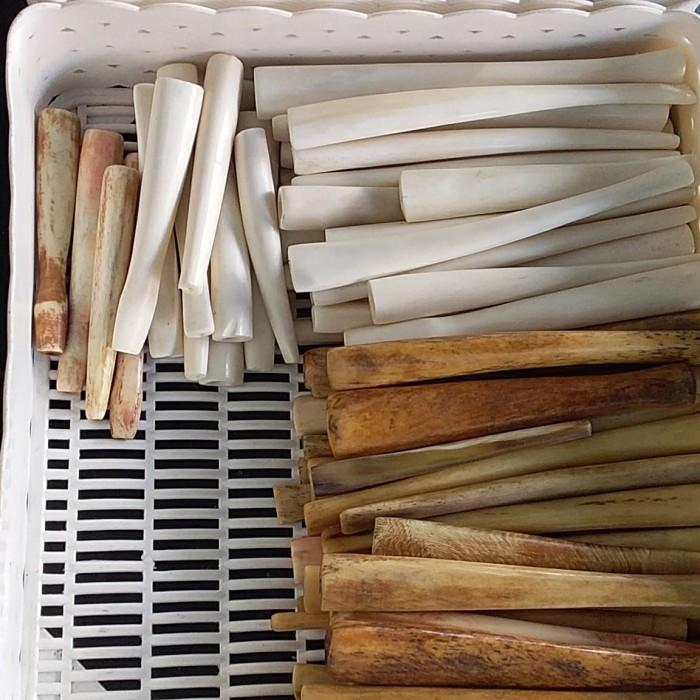 Foto Produk Pipa Rokok Tulang Sapi 12 cm dari RAFANIA SOUVENIR JOGJA