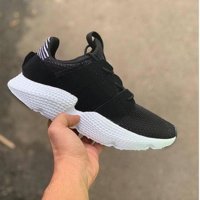 harga Sepatu pria adidas/sepatu nike/sepatu casual/sepatu adidas alphabounce Tokopedia.com