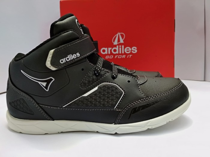 harga Sepatu anak sekolah tk sd original ardiles burago black white 31-38 Tokopedia.com