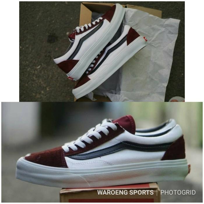 Sepatu Vans Old Skool Maroon White PREMIUM Oldskool Men Red Pria Shoes f8617e5d8f