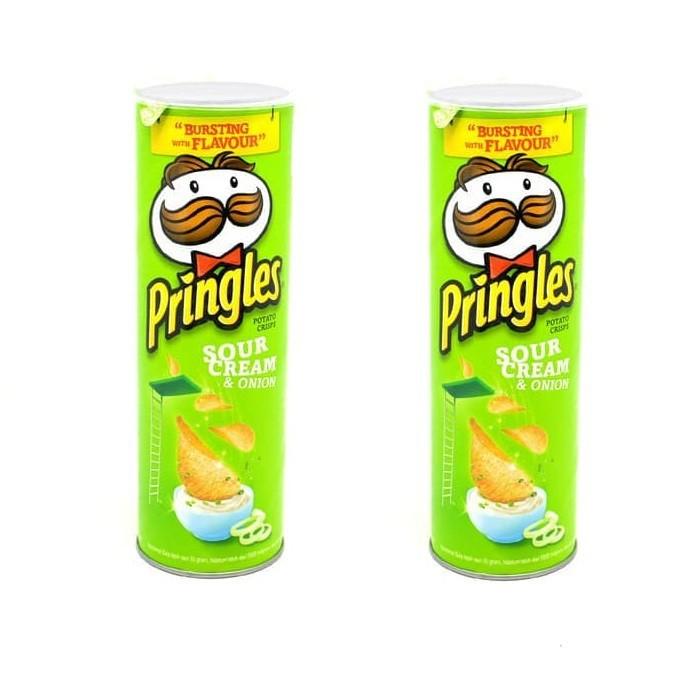 110gr Pringles Original Potato Chips Keripik Kentang Pringles Snack