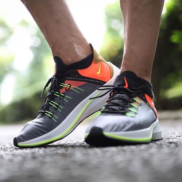online retailer 08b25 8e38f Promo Sepatu Nike EXP - X14 black volt total crimson