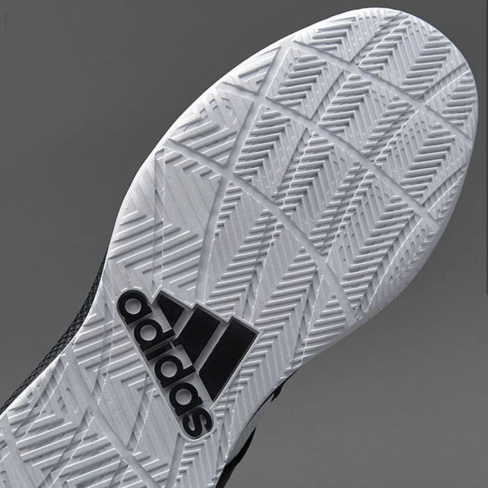 430f5c69ac9 Jual Adidas DT BBALL MID original BNIB basketball men (B72764 ...