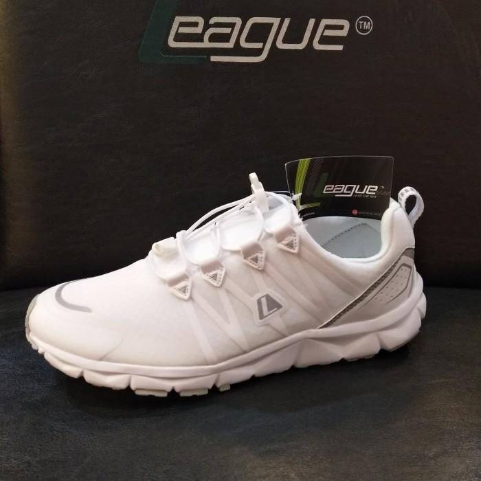 Jual sepatu league kumo 1.5 u putih running shoes pria sneakers ... 2d25eab995