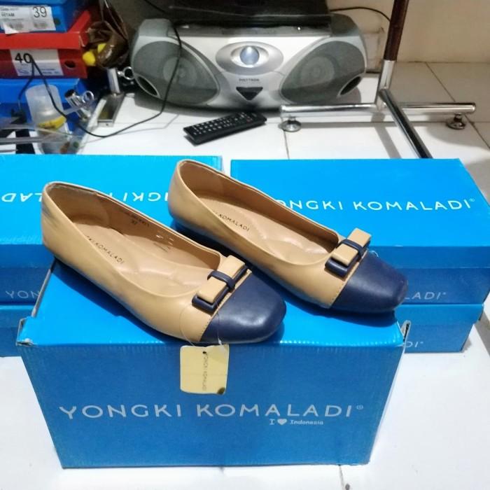 Jual Sepatu Yongki Komaladi Sepatu Flat Wanita Cantik Murah Brand Matahari Jakarta Pusat Riesya Shop Tokopedia