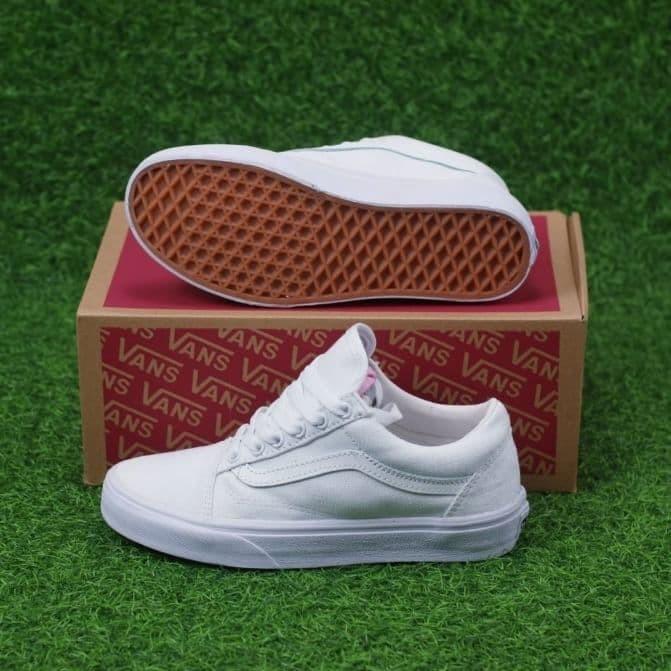 Jual Sepatu Vans ori Old School Full White Premium DT BNIB tag ori ... 54eb125966