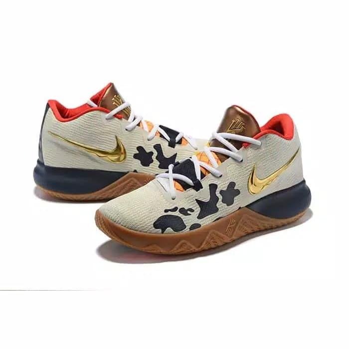 Jual Nike Kyrie Irving 4 FlyTrap Toy