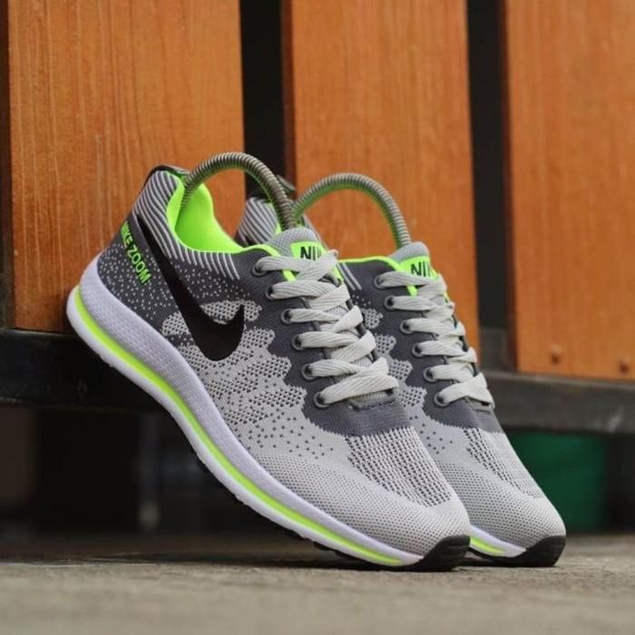 electrodo Inhalar hablar  Jual Nike Free Zoom sepatu running not Yeezy Nike Roshe Run 43 - Kab.  Bekasi - zidni fahreza   Tokopedia