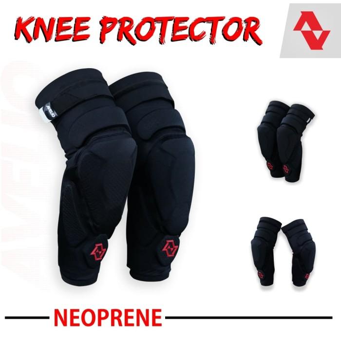 Foto Produk KNEE PROTECTOR NEOPRENE - Pelindung lutut gowes MTB Downhill Trail - S per M dari Kaligung