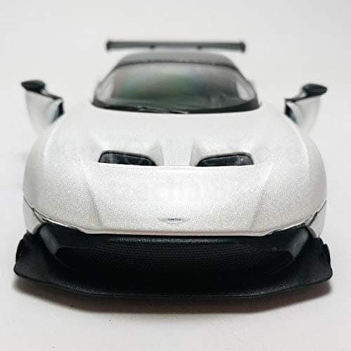Jual Kinsmart Diecast Aston Martin Vulcan 4 Color Vaiant Scale 1 36 White Jakarta Barat Limar Corps Diecast Tokopedia
