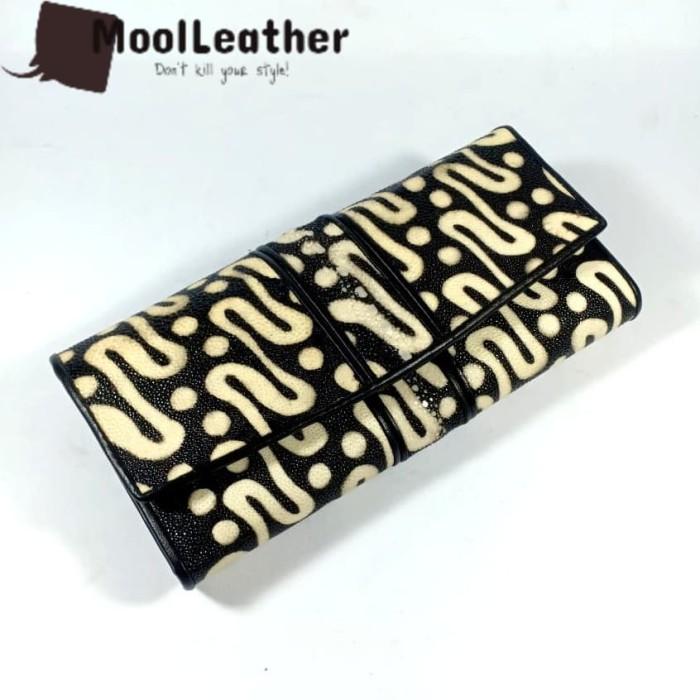 harga Dompet wanita asli kulit ikan pari variasi duri motif batik parang Tokopedia.com