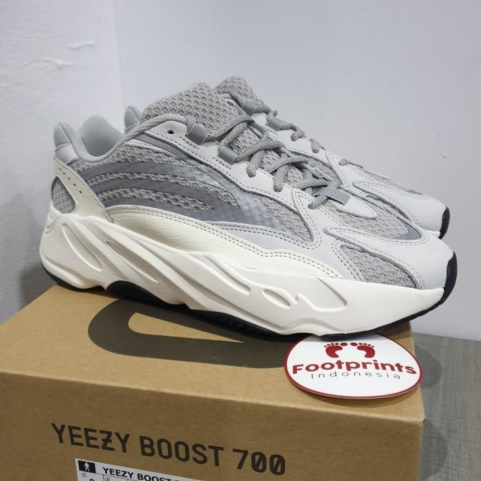 premium selection 6f2e1 b258c Jual Adidas Yeezy Boost 700 V2 Static Wave Runner 100% Original Sneakers -  Jakarta Pusat - Footprints Indonesia   Tokopedia