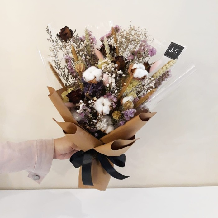Jual Rustic Dried Flower Bouquet Buket Bunga Kering Tema Rastik Kab Sleman Jefeflower Gift Tokopedia